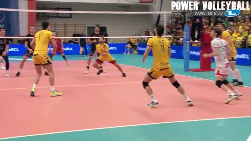 The Most Creative Volleyball Actions. Magic Volleyball Sets (HD)