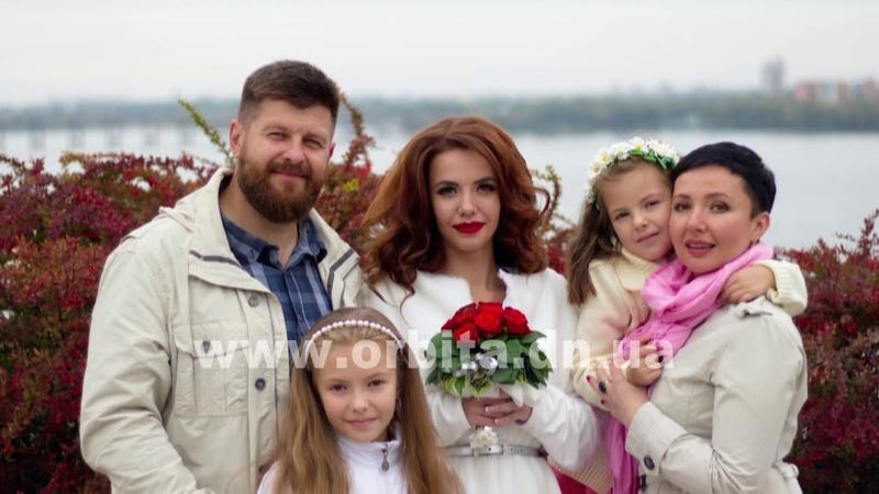 Творчість проти безнадії, або Як багатодітна сім'я Лисенків знайшла своє покликання
