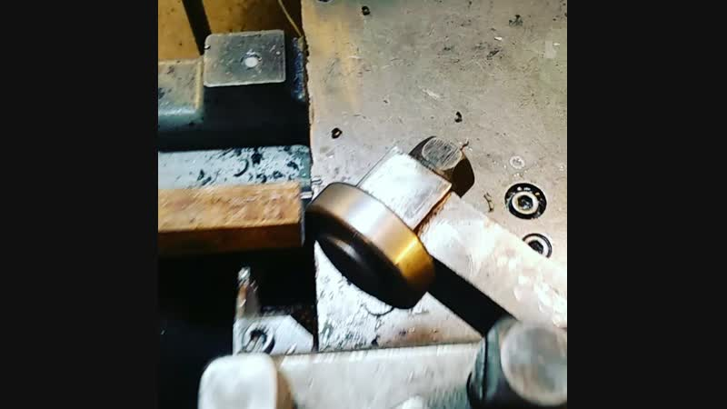 Отрезной резец 3 мм