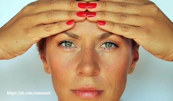 Болит шея, головокружения, «мушки» перед глазами — вам поможет лечебная гимнастика!