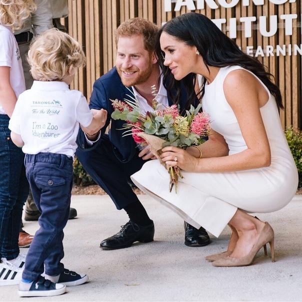 Принц Гарри обошел по популярности Кейт Миддлтон, королеву Елизавету II и всех остальных членов королевской семьи Популярность принца Гарри за последние пару лет взлетела до небес. Младший сын