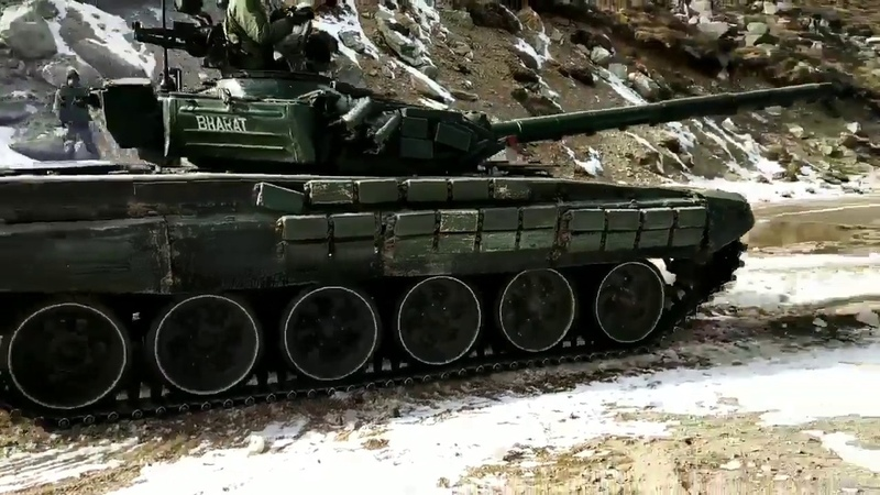 Indianarmy tank at 15 thousand ft in north Sikkim along China border