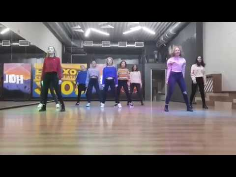 MOMOLAND BBOOM BBOOM DANCE COVER SCHOOL BLAST OFF