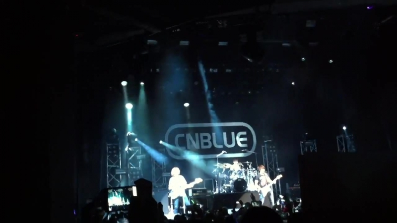 20120922 CNBlue - Have a good night [Live at London indigO2]