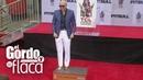 Pitbull plasmó sus huellas en cemento e hizo historia en el Teatro Chino   GYF