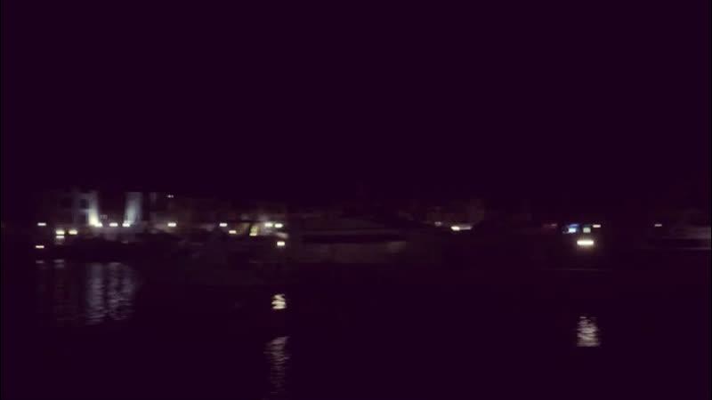 Вечерний порт и почти перевёрнутый месяц 🌙🇯🇴