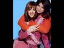 Lucie Bernardoni et Hoda Nekra - Y a trop de gens qui t'aiment