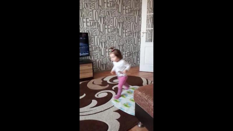 Video_2017-10-06T21.49.08.mp4