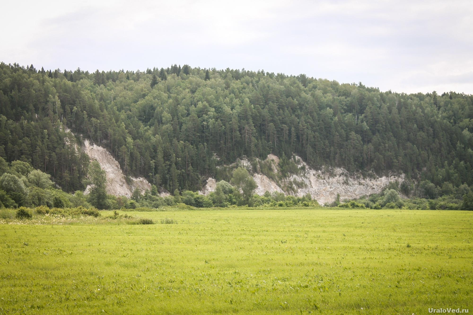 Скалы на реке Ирень