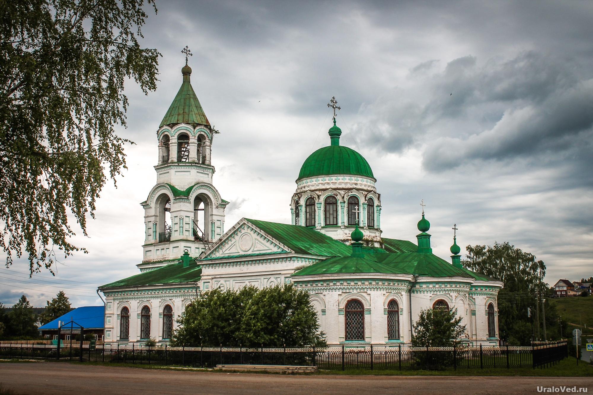 Церковь в селе Ашап