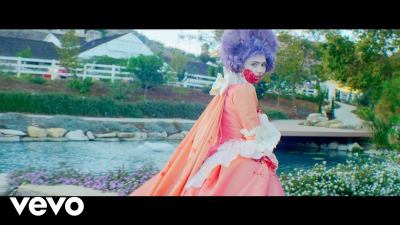 Grimes - Flesh without Blood/Life in the Vivid Dream
