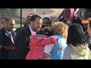 Salvini accoglie i migranti del Niger giunti all'aeroporto di Pratica di Mare