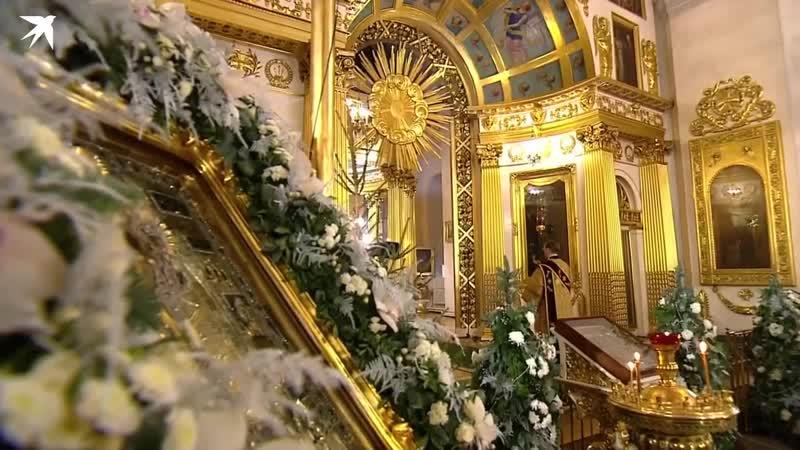 Рождественская ночная литургия в Спасо-Преображенском соборе Петербурга