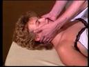 Manuelle Lymphdrainage - Halsbehandlung von vorne - Teil des Lehrvideos der Asdonk Schulen