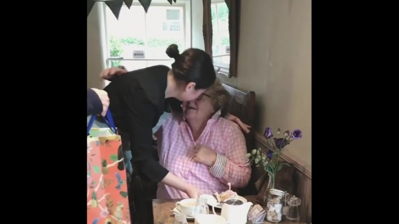 A customer's heartwarming reaction to a free cake for her birthday