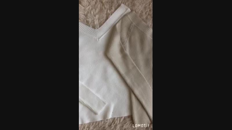 Гольф со спущенными плечиками😍 Размер: универсал 42-44 Цвет: белый,молочный,чёрный,голубой Ткань: трикотаж рубчик Длина 52см Цен