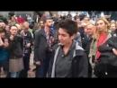Demo Chemnitz - Dunja Hayali bekommt die Meinung gegeigt
