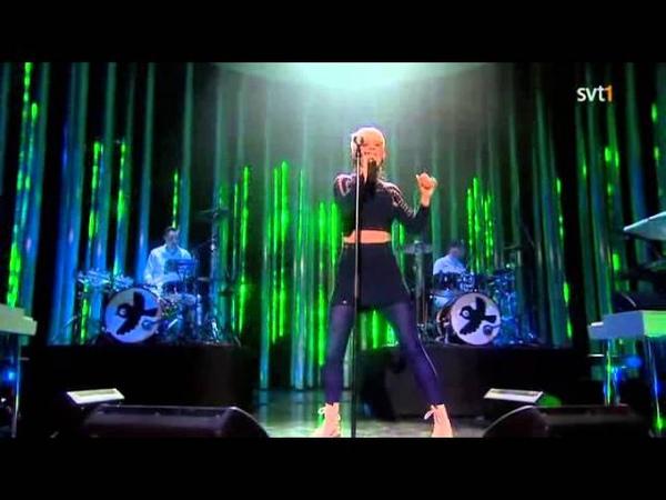Robyn - Indestructible (Live Nobel Peace Prize Concert 2010)