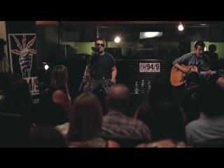 Arctic Monkeys - Do I Wanna Know (acoustic) - FM 949