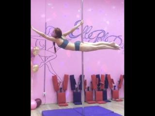 Pole dance. Связка для уровня начинающие. Анна Ларионова