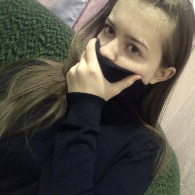 Аня Коновалова