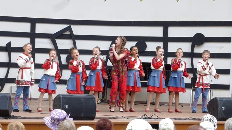 Певица ВероНика и Ансамбль Славяночка