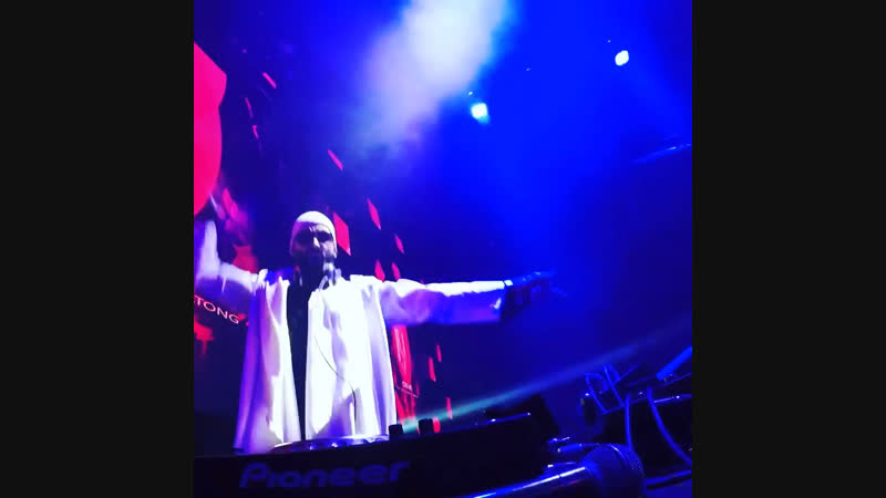 Uno Dos Tres Cuatro dj mc dmc djlife nightlife клуб dubstep dnb club instamusic beatport rave happy c