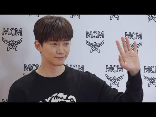 2PM 준호, 여심 설레게 만드는 '남친룩의 정석'