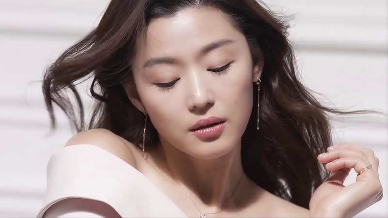 Чон Чжи Хён для весенней коллекции 2019 ювелирного бренда Stonehenge