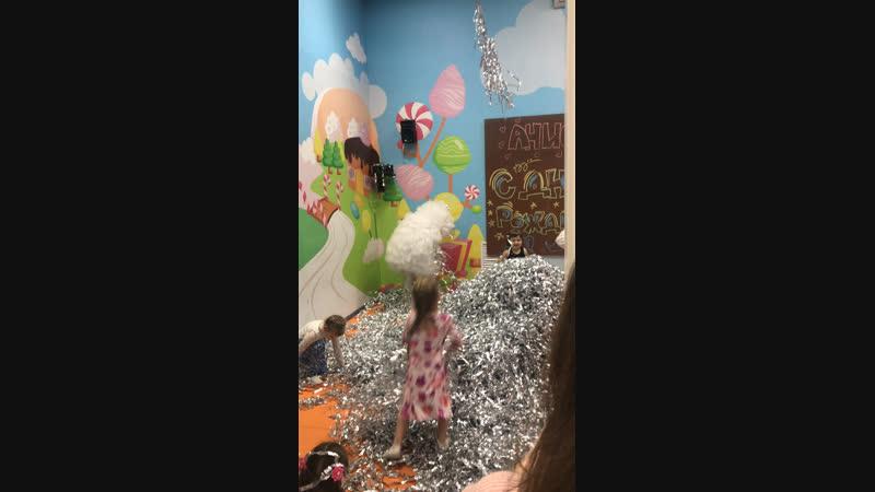 Детский развлекательный центр РОЛИК Live