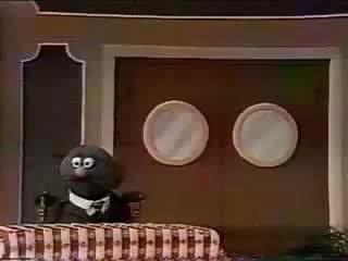 Sesame Street - Grover the Waiter - Big Hamburger
