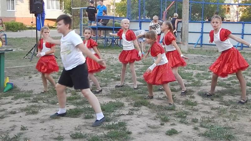 танцевальный коллектив DanceMIX ДК с Федино руководитель Татьяна Гаранина