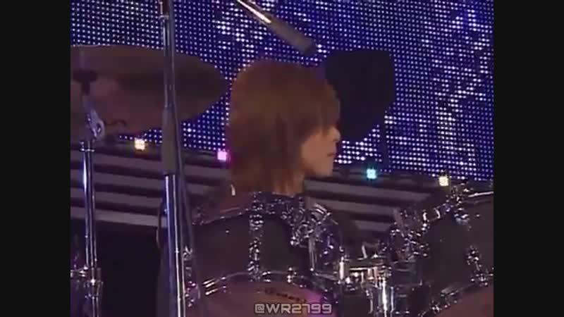RT ユノさん ドラム า า 長編 師匠さんにスティック貰って 貰いましたユノユノスティック と喜んでるのかわいすぎた以下鼻血またいつかご披露してください