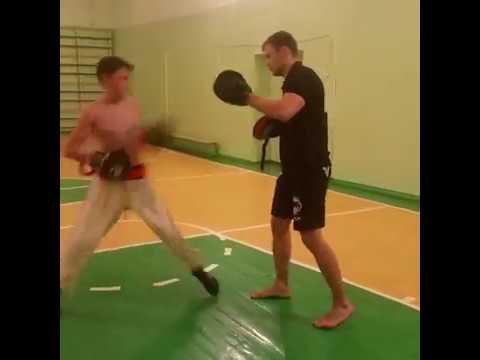 Fight Belt от band4power - снаряд № 1 для отработки ударов руками и ногами