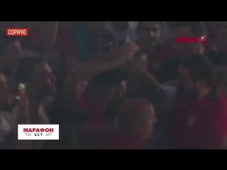 Фанаты Олимпиакоса очень горячо встретили Яя Туре