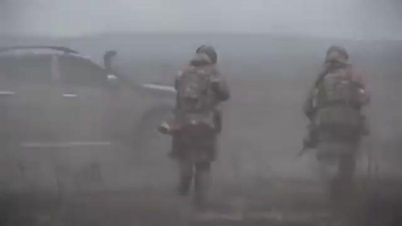 Слава нашим захисникам! Наші воїни проходять через пекло, щоб ми жили і раділи житт