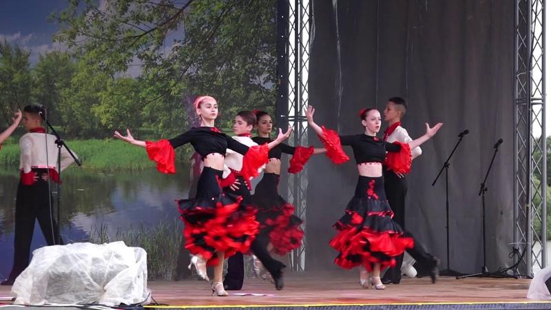 Образцовый ансамбль бального танца Грация - Фламенко