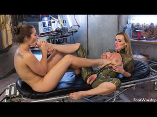 Tanya tate & dani daniels [hd porn, foot fetish sex, lesbian, femdom, feet, big tits, femdom, big ass, toes, stockings]