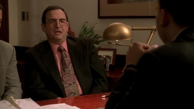 Клан Сопрано S04E07 03 Доктор Фрид покупает дома Морис получает ипотечную ссуду