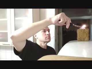 Гашение свечи движением руки на дистанциях около 30см и около 40см.