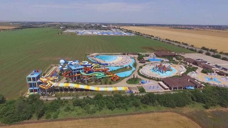 Аквапарк Одесса 7 км с высоты птичьего полета Flying over the water park Odessa 7 km
