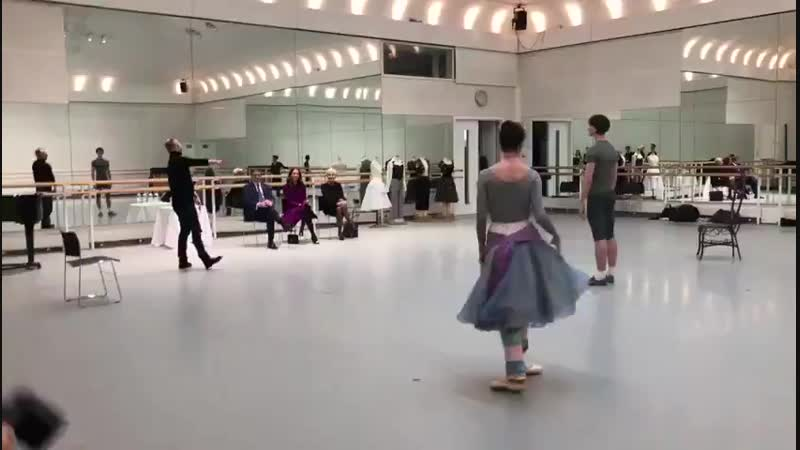 Kate watches a rehersal of Two Pigeons at the @royaloperahouse.mp4