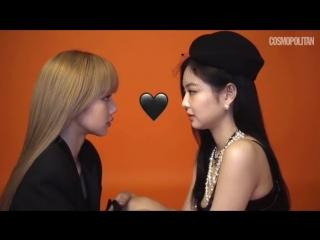 Jennie & Lisa @ Cosmopolitan Korea behind the scenes
