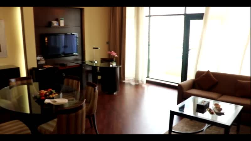 Мы и отель Time Oak Hotel Suites, находящийся в Дубаи, приглашаем отлично провести свой отдых в ОАЭ.