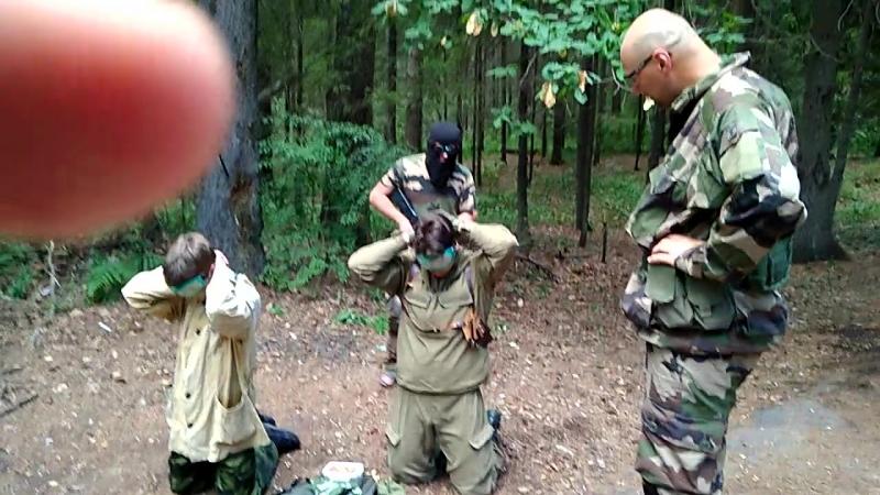 11. Военные встречают сталкеров