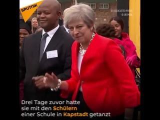 Sputnik Deutschland - Tanzeinlagen von Theresa May _ Facebook [HD]
