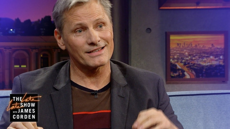 Viggo Mortensen Teaches Us About Uncle Crapper a Christmas Tradition