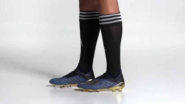 Футбольные бутсы X 19  FG