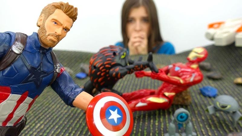Железный человек и капитан Америка. Ищем игрушки в Toyclub