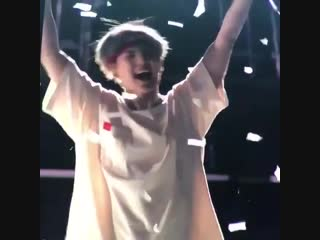 "(fancam) 190119 Suga @ BTS World Tour ""LOVE YOURSELF"" in Singapore"